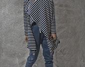 SALE 20% !!!! Japanese inspirited blue stripes multiway to wear top with camel leather pin