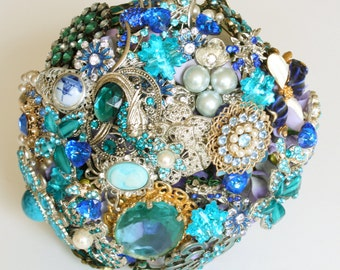 BLUE Bridal BROOCH BOUQUET, Wedding Brooch Bouquet, Vintage style heirloom with pearls, jewels