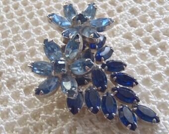 Vintage Brooch Blue Rhinestones