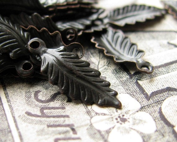 Teensy antiqued brass fern leaf charms, small botanical garden leaves, black brass patina, 10mm (8 charms) curved small fern charms