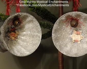 Set of 2 VINTAGE tart mold Christmas ornaments