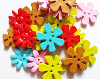30 pcs Cute flower blossom button 2 hole mix size