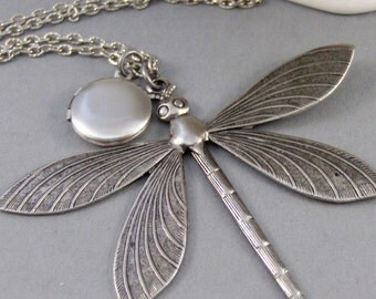 Magnificent Dragonfly,Locket,Dragonfly Necklace,Dragonfly Locket,Antiqued,Charm,Silver Locket,Antique Locket.Jewelery by Valleygirldesigns.