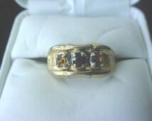 Vintage 18kt HGE three stone ring