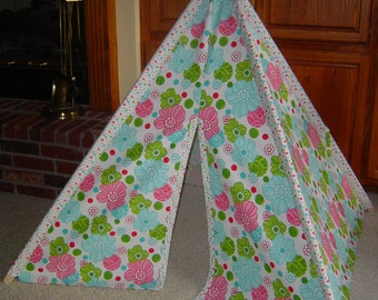Child's Play Teepee - Wooden Poles Included - Turquoise, Green and Pink Flowers (free shipping)