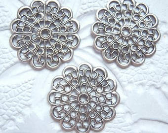 4- Antique silver plated round  filigree stampings -  NR173