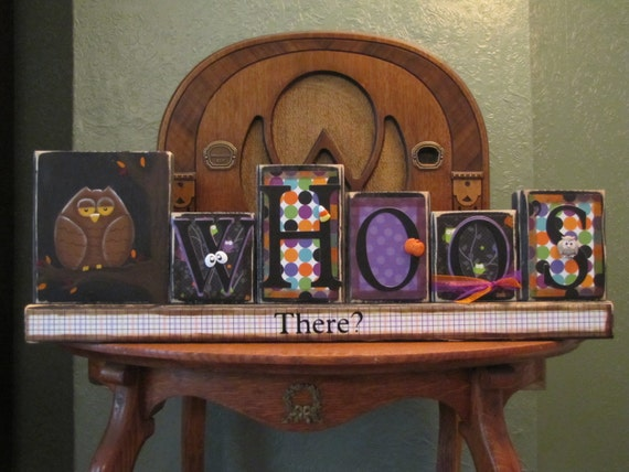 Whoo's There -  Halloween Decor Word Blocks Sign