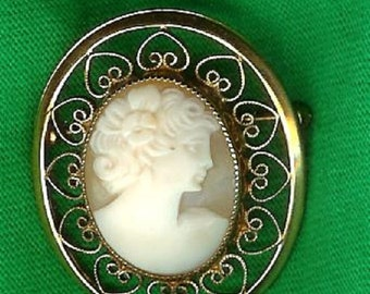 1960's 12k Gold Filled Shell Cameo Brooch-Excellent Condition