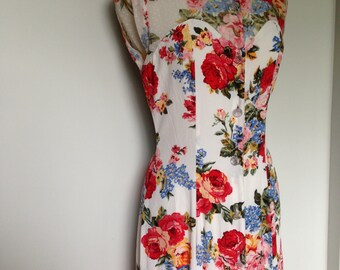 Lovely Country Girl Boho Multicolored Floral Patterned 80s Vintage Dress