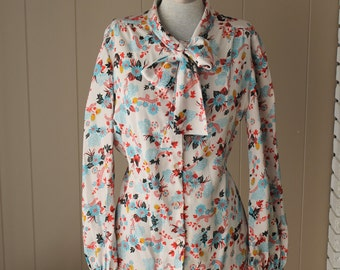 Very Rare 60s oriental Levi Strauss & Co bow blouse 60s floral button down long sleeved shirt oriental blouse