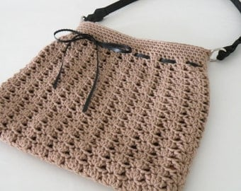 Medium Crochet Handbag