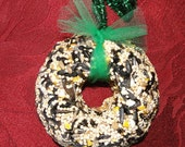 Bird Seed Feeder 1/4 lb. Mini Wreath Shape ornament cake