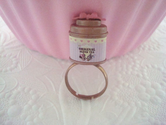 Darling Minnie Mouse Daisy Duck Tea Box Ring
