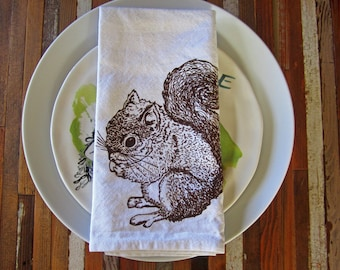 Cloth Napkins - Eco Friendly Dinner Napkins - Screen Printed Napkins - Squirrel - Table Linens - Holiday Napkins - Cloth Napkin Set