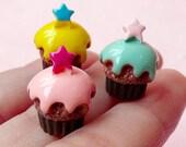 3D Cupcake Cabochon w/ Star (3pcs / 12mm x 16mm) Miniature Sweets Dollhouse Cupcake Jewelry Kawaii Deco Fairy Kei Decoden Supplies FCAB120