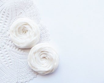 Ivory Fabric Roses Handmade Appliques Embellishment Set of 2