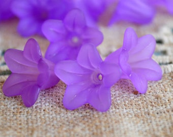 100pcs Trumpet Lily Frosted Lucite Flower Violet Beads Acrylic 17x12mm Iced For Lucite Flowers Earrings