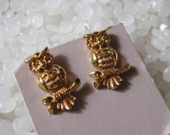 vintage earings, gold owl, pierced
