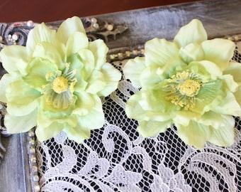 Lime color  flower      2  piece listing