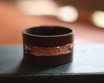 Men's Leather Bracelet, brown cuff with hammered copper accent (Size 7.25)
