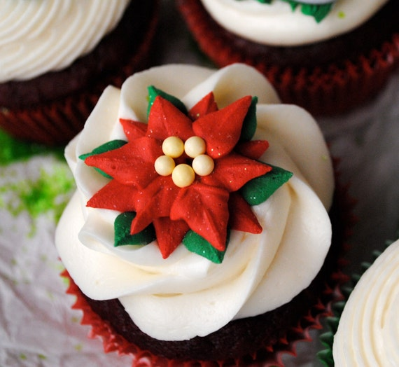 Etsy Cake Decorations : Items similar to Poinsettia Royal Icing Decorations- Great ...