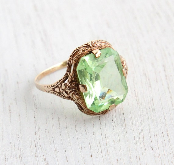 vintage 10k rosy yellow peridot green ring deco