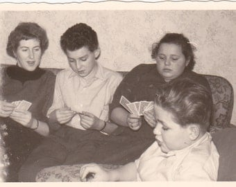 Vintage Photos - Playing Cards - Vintage Photograph, Vernacular, Found Photo  (EEE)