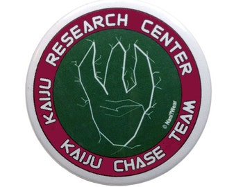 "Pacific Rim Kaiju Resarch Team Button 2"": Kaiju Chase Vehicle"