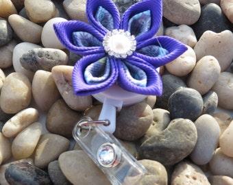 I.D. Badge Holder Kanzashi flower Retractable ID Holder