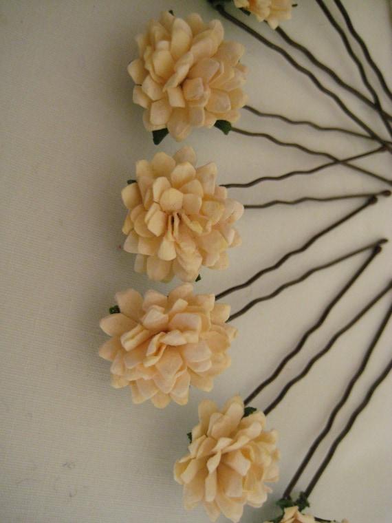 Cream Hairpins x 8. Paper Daisies. Wedding, Bridal, Regency, Victorian