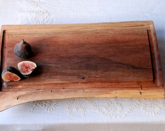Hunter's Moon Walnut Carving Board