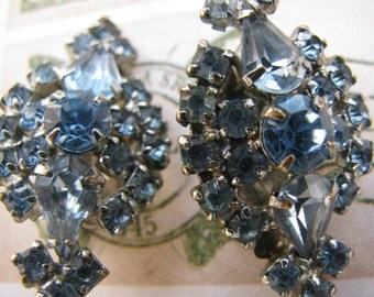 Beautiful Vintage Clip Earrings from the 1960's Light Blue Rhinestones