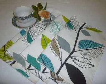 4 Funky Fabric Placemats Teal Blue Green Gray Floral Cotton washable