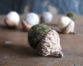 Felted wool acorns, set of 6, Snowy Mountain Mix, outdoorsy gifts, autumn wedding decor, winter colors, woodland birthday party favors
