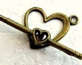 Heart Toggle Clasp with Antiqued Brass Finish, 15 x 14 mm (2)