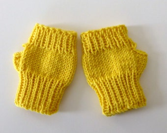 Daisy yellow MillaMia fine merino fingerless mittens for toddler