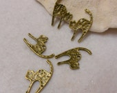 Antique Bronze Scaredy Cat Charms, Cat with Arched Back Charms  Lot of 5