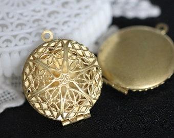 10pcs Vintage Raw Brass  Round Filigree Locket Pendant  Charms/Pendants- 27x32mm (LOCK-55)