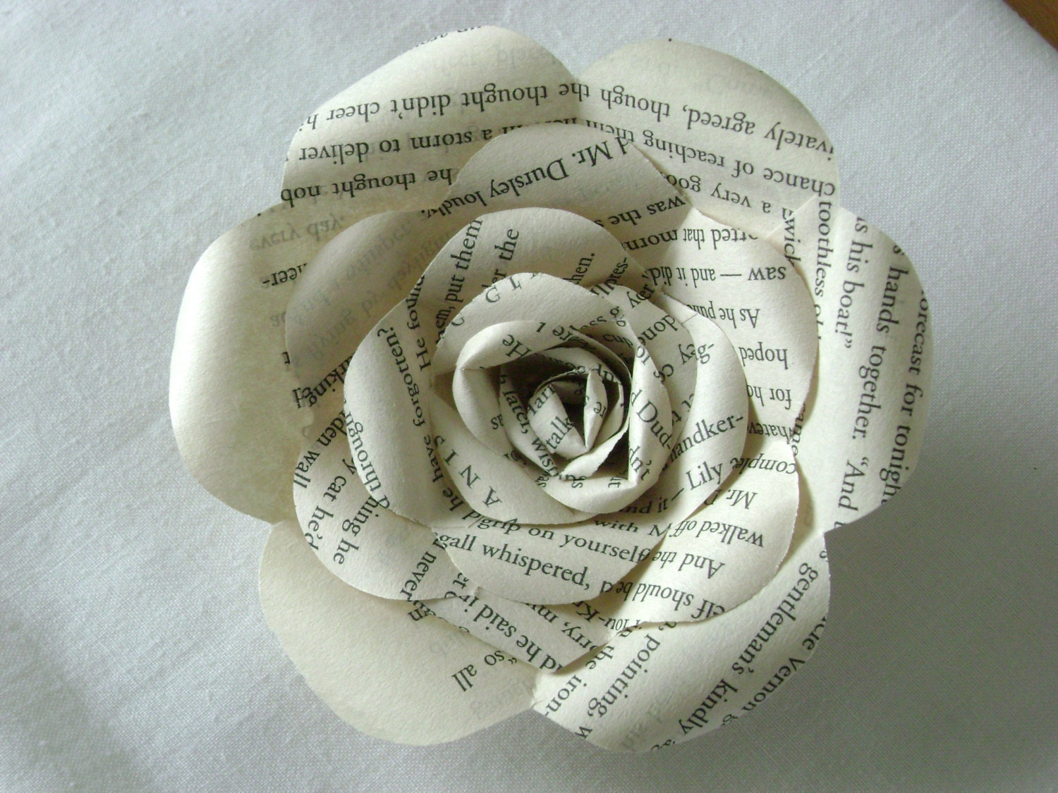Book page harry potter paper rose long stemmed made from zoom dhlflorist Image collections