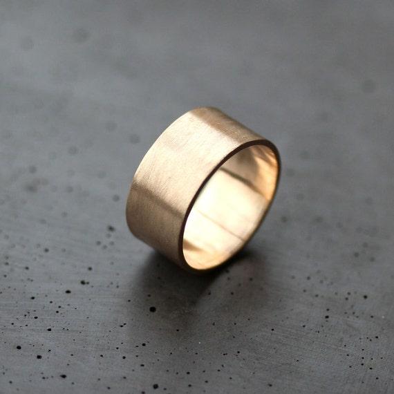 Goldring breit  Herren Gold Hochzeitsband 10 mm breit gebürstet flach 10k
