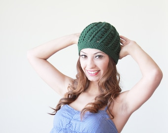 Emerald green Women crochet beanie, Winter hat for women, Crochet hat, lightweight beanie hat, winter trend hat