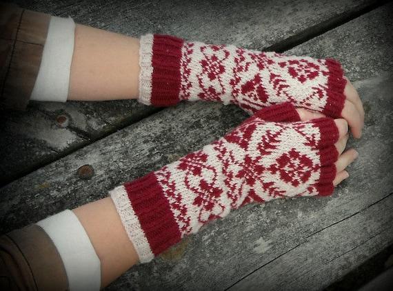 Hand knit fingerless tipless Norwegian gloves by TheMountainLodge