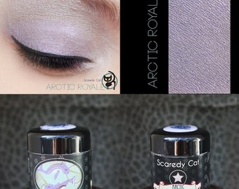 Natural Mineral Eye Shadow  - Silver-Violet Eyeshadow - Scaredy Cat - ARCTIC ROYALE - 5 mL Sifter