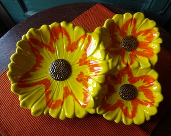 Vintage Santa Anita Pottery Three Yellow Sunflower Pottery Snack Dish
