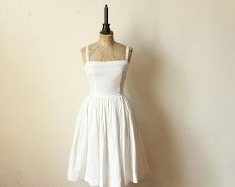 White 1950 Pin Up dress