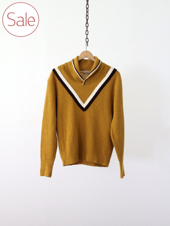 on SALE Vintage Men's Sweater / Mustard Yellow Knit Pullover