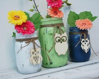 YouR ColoR ChoicE Painted mason jars with wood OWL, cabin decor ,wedding decor, rustic decor. wedding centerpiece, party decor