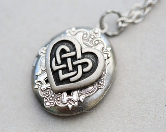 Claddagh,Locket,Irish Locket, Jewelry Gift,Silver Locket,locket necklace,photo locket,Oval locket,Wedding Necklace,bridesmaid necklace