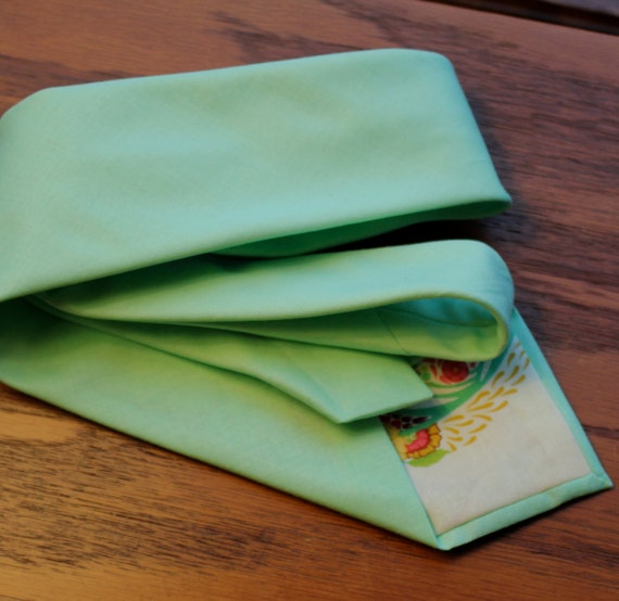 Men's Necktie in Solid Mint