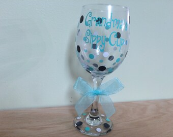 Personalized Wine glass, Extra large 20 oz, name and polka dots, Mommy's Sippy Cup, Grandma, Grammy, Auntie, Nanna, other